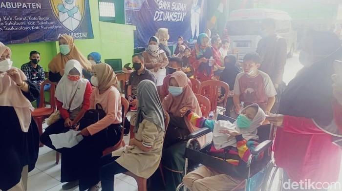 Penyandang Disabilitas Sukabumi Divaksinasi