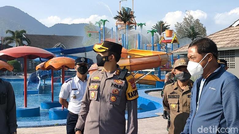 Polisi melakukan pemantauan di sejumlah lokasi wisata Garut