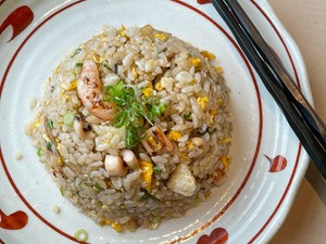 Resep Nasi Goreng Bawang ala Jepang yang Gurih Aromanya