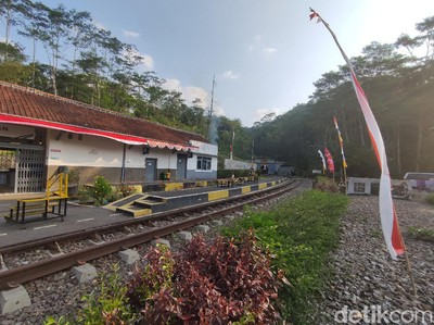 Dua Stasiun Tua Cianjur, Pusat Pengiriman Rempah Saat Kolonial-Awal Kemerdekaan