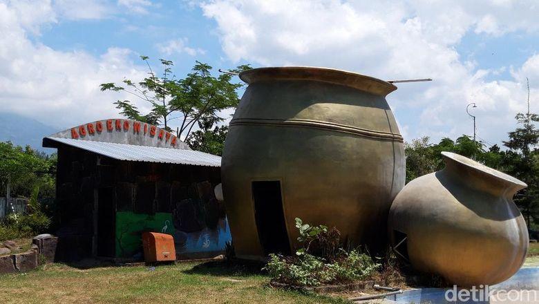 Agro Eko Wisata Gentong Kencono di Desa Kaligentong, Kecamatan Gladagsari, Kabupaten Boyolali.