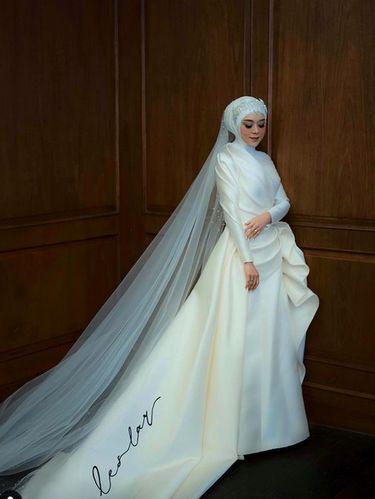 Gaun pengantin Lesti Kejora
