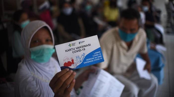 Berbagai pihak ikut serta membantu masyarakat dalam menggenjot vaksinasi guna mencapai herd immunity. Ini salah satunya.
