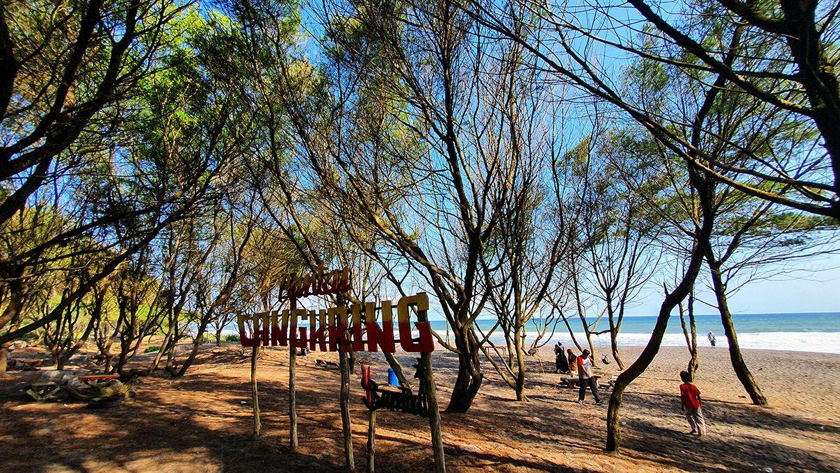 Pantai-pantai di Bantul