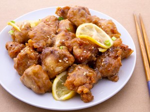 Resep Ayam Goreng Lemon ala Resto Chinese Food yang Renyah Segar