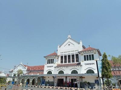 Sejarah Stasiun Cirebon, Bangunan Tua yang Lahir Demi Melayani Gula