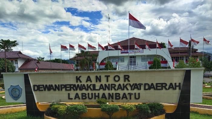Gedung DPRD Labuhanbatu