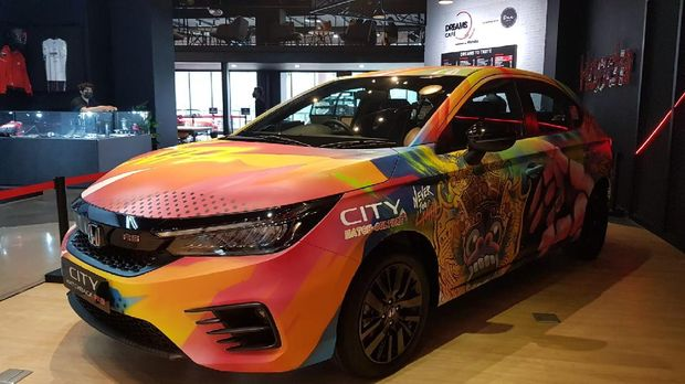 Honda City Hatchback RS Nevertoolavish