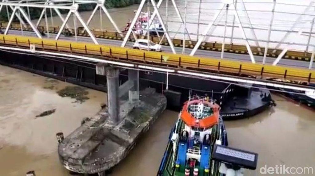 Jembatan Mahakam Rusak Ditabrak Tongkang, Otoritas Investigasi