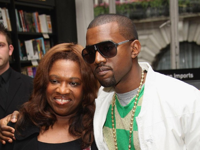 LONDON - JUNE 30:  US hip-hop star Kanye West poses with his mother Donda prior to signing copies of Raising Kanye: Life Lessons From The Mother Of A Hip-Hop Superstar at Waterstones on June 30, 2007 in London.   (Photo by MJ Kim/Getty Images)