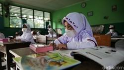 Sekolah Tatap Muka Mulai Dibuka, Ini Alat Perang yang Wajib Dibawa Anak