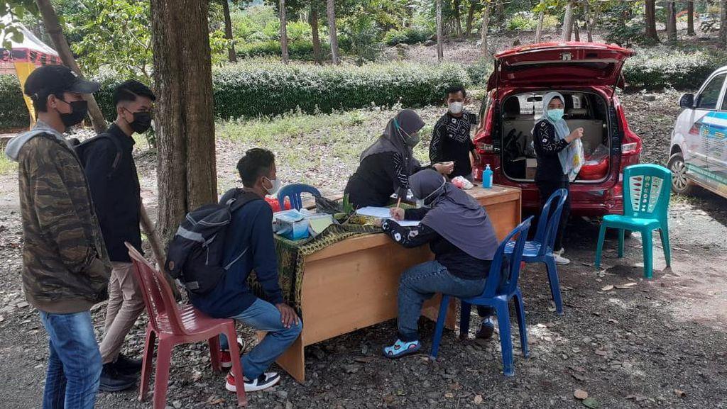 Asyik Masak di Taman Permana Kalsel, Wisatawan Dipulangkan Satgas COVID