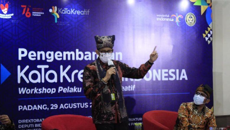 Sandiaga Uno dalam kunjungannya ke Sumatera Barat.