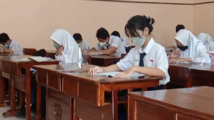 Sekolah tatap muka di Kudus