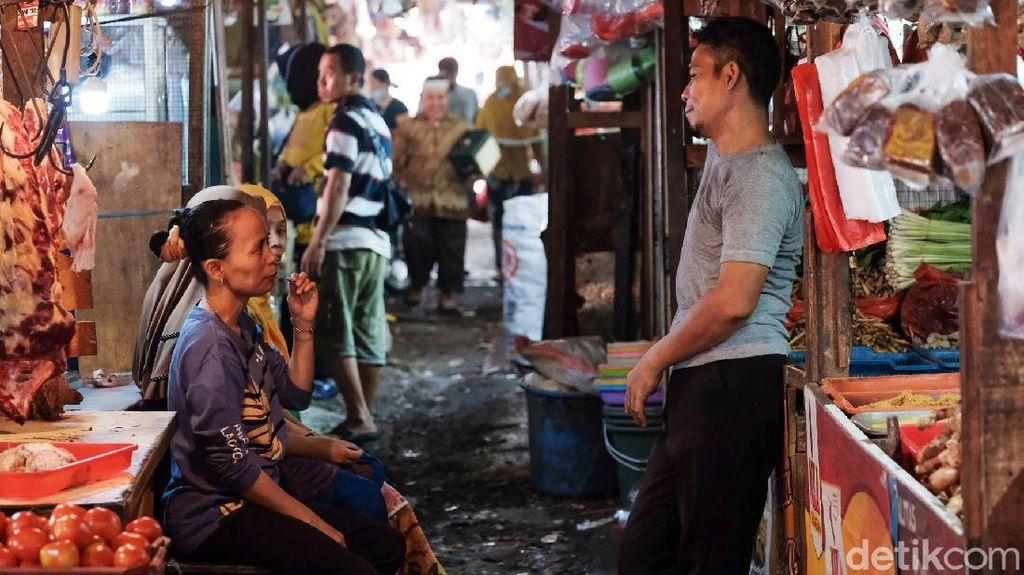 Ribuan Pedagang Pasar Jakarta Tutup, Nggak Mampu Bayar Listrik-Kios