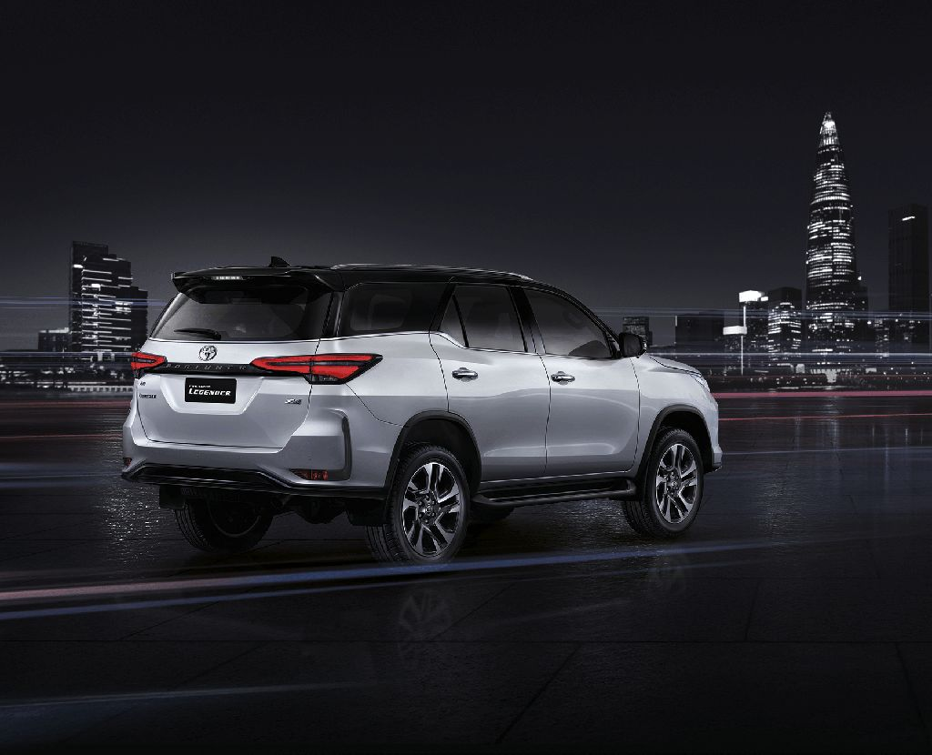 Toyota Fortuner Legender 2021 di Thailand