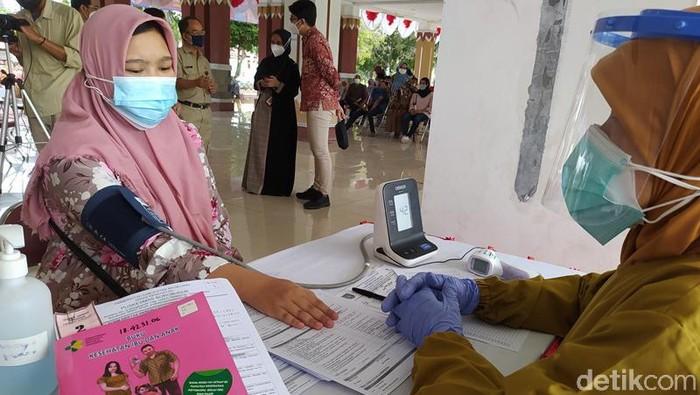 Vaksinasi di Magelang