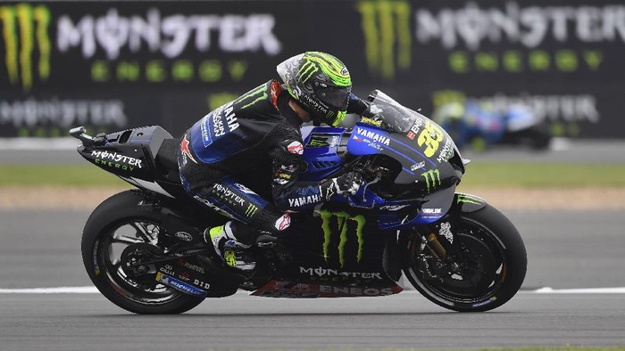 NORTHAMPTON, ENGLAND - AUGUST 27: Cal Crutchlow of Great Britain and Monster Energy Yamaha MotoGP Team heads down a straight during the MotoGP of Great Britain - Free Practice at Silverstone Circuit on August 27, 2021 in Northampton, England. (Photo by Mirco Lazzari gp/Getty Images)