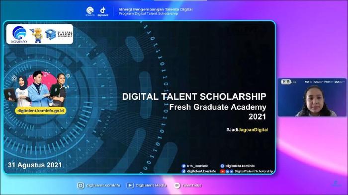 Kementerian Komunikasi dan Informatika (Kemenkominfo) menggelar sosialisasi Digital Talent Scholarsip Provinsi Jawa Barat. Acara yang berlangsung Selasa (30/82021) ini mengangkat tema 'Sinergi Pengembangan Talenta Digital Indonesia'.