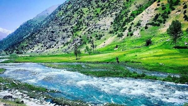 Mengenang Fawad, tampak jelas kalau ia begitu mencintai tanah kelahirannya. Lembah Andarabi yang terletak sekitar 100 km di Utara ibu kota Kabul (Twitter)