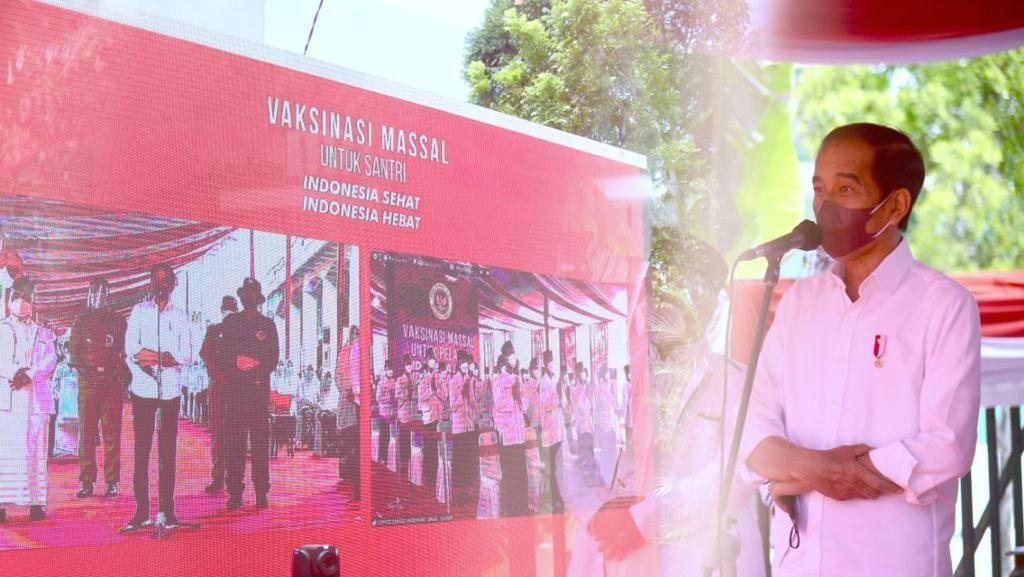 Jokowi Bicara Langkah Panjang RI hingga Amankan Ratusan Juta Vaksin COVID