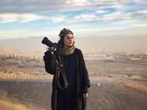 Kisah Viral Fotografer Cantik Afghanistan yang Melarikan Diri dari Taliban
