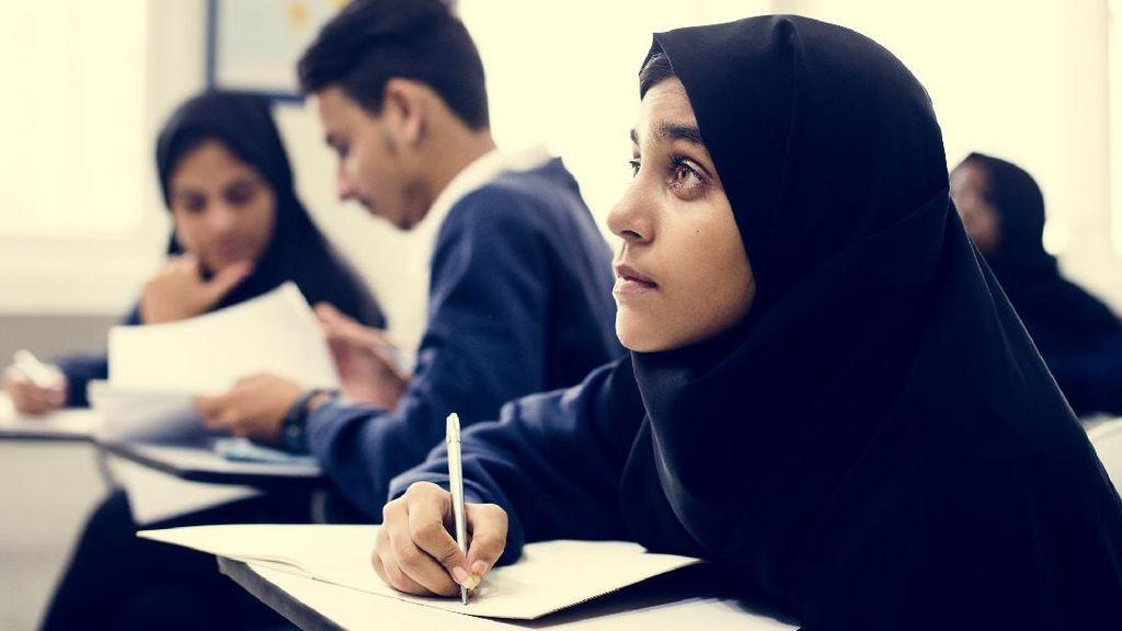 20 Soal Agama Islam Kelas 4 SD Semester 1 dan Jawabannya, Yuk Latihan