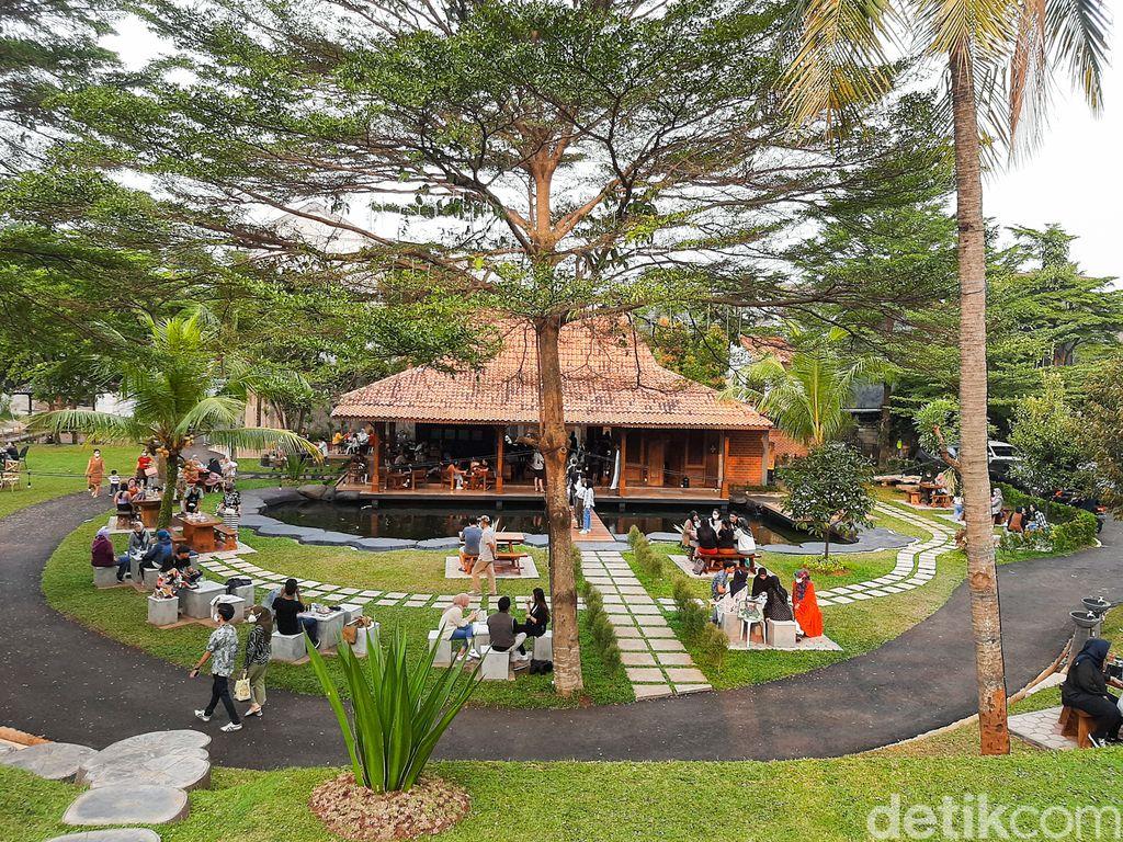 Bi Coffee, Kafe dengan Suasana Sejuk ala 'Puncak' di Tangerang Selatan