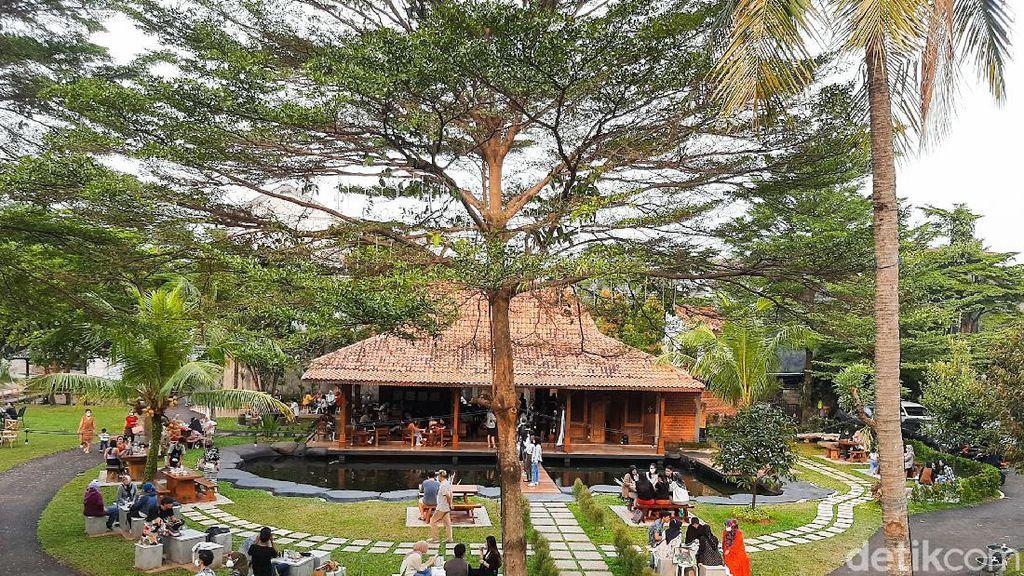 5 Tempat Ngopi Outdoor di Bintaro dengan Nuansa Bogor yang Sejuk