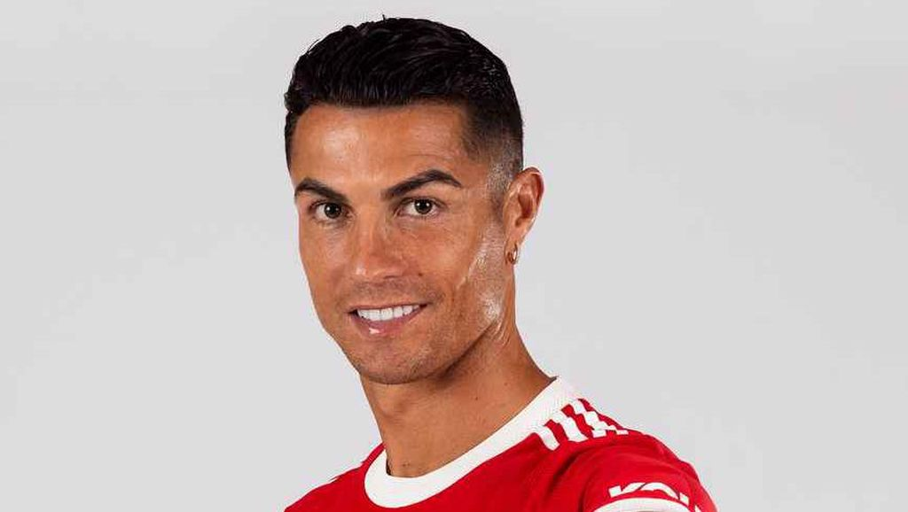 Salut! Ronaldo Beri Dukungan ke Pesepakbola Korban Kekerasan