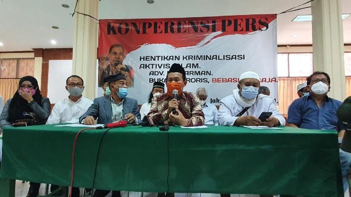 Konferensi Sahabat Munarman (Wilda-detikcom)