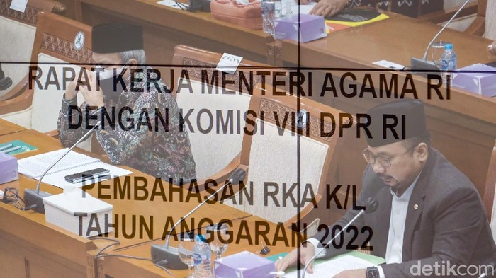Menteri Agama (Menag) Yaqut Cholil Qoumas sambangi gedung DPR hari ini. Kedatangannya untuk membahas anggaran bersama komisi VIII DPR.