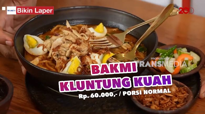 Bikin Laper! Anwar Bab Kekenyangan Makan Nasi Ayam Sisit khas Bali