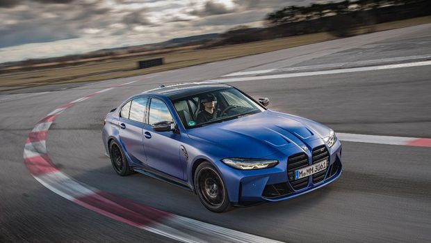 BMW M3 Competition Sedan varian Individual