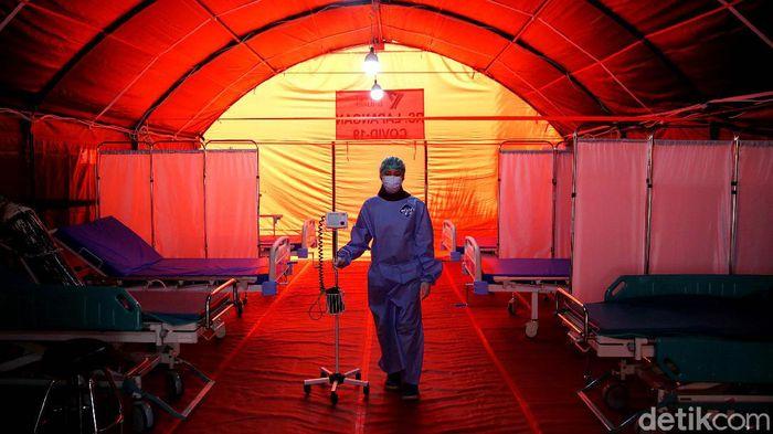 RSUD Cipayung menyediakan RS Lapangan khusus COVID-19 guna mengantisipasi terjadinya lonjakan kasus virus Corona. Seperti apa penampakannya? Lihat yuk.