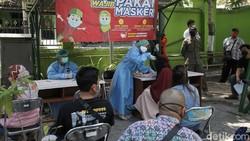 Yogyakarta sediakan layanan mobil vaksinasi COVID-19 untuk warga. Mobil vaksinasi itu diharapkan dapat jangkau warga yang kesulitan akses untuk dapatkan vaksin.