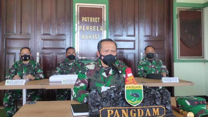 Panglima Kodam XVIII/Kasuari Mayor Jenderal TNI I Nyoman Cantiasa