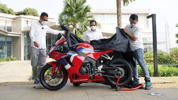 Pembeli pertama CBR600RR di Indonesia, langsung bayar cash Rp 550 juta