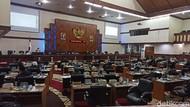 Anggota DPR Aceh Sebut Banyak Pasien COVID di RSUDZA Tak Tertangani
