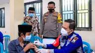 Vaksinasi COVID-19 Sasar Ratusan Santri Ponpes Tambakberas Jombang