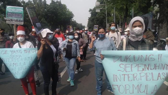 Demonstrasi tolak Formula E dan dukung interpelasi Gubernur DKI Jakarta Anies Baswedan