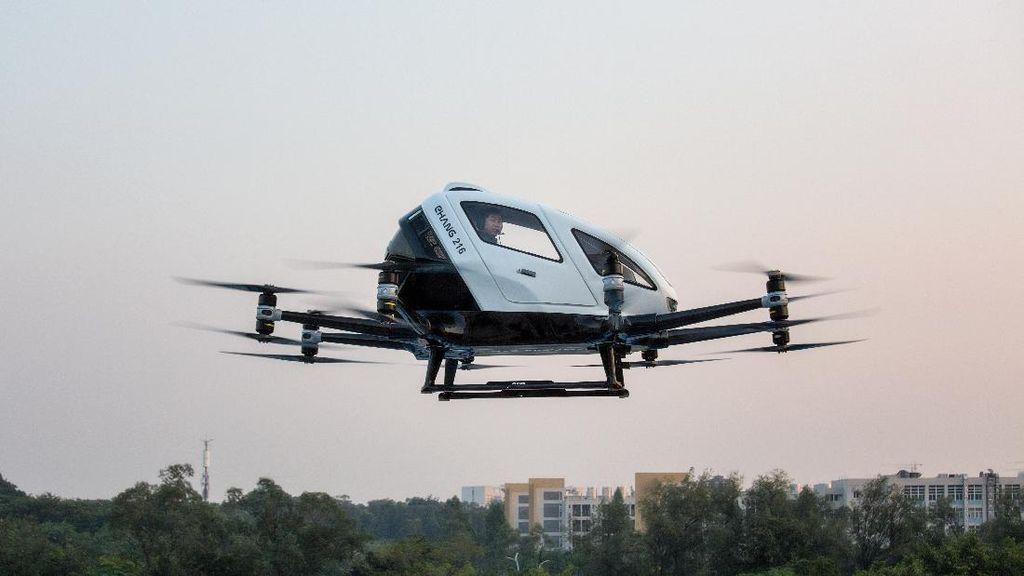 Heboh Taksi Terbang di Jakarta, Ini Bedanya dengan Mobil Terbang