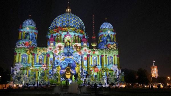 Festival ini telah berlangsung sejak 2005 dan menginspirasi penyelenggaraan serupa di Amsterdam, London, dan Durham. AP/Michael Sohn
