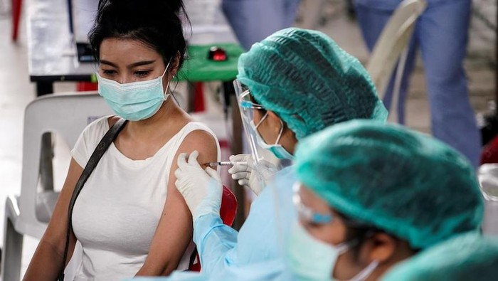 Kementerian Kesehatan Thailand Mengatakan Perpaduan Vaksin Sinovac dan AstraZeneca Aman
