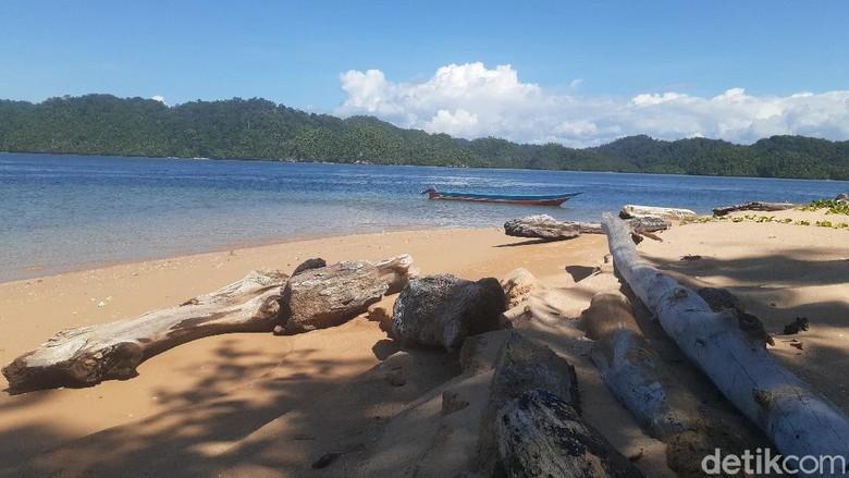Pulau Ugar di Papua