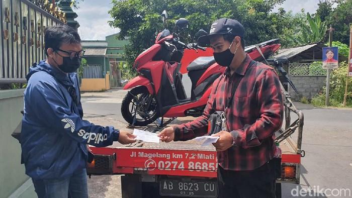 Sales kendaraan bermotor yang menyerbu Padukuhan Pundong, Sleman yang jadi kampung miliarder gegara proyek Tol Yogya-Bawen