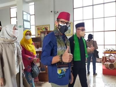 Tarik Minat Wisatawan, Sandiaga Usul Bangun Kereta Gantung di Setu Babakan