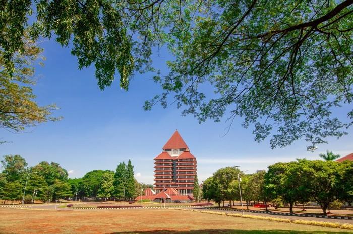 Universitas Indonesia Kampus UI Depok - Lapangan Rotunda