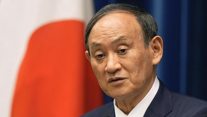 FILE - In this Aug. 17, 2021, file photo, Japanese Prime Minister Yoshihide Suga speaks during a news conference at prime ministers official residence in Tokyo. Broadcaster NHK says Friday, Sept. 3, 2021, Suga wont run for party leader, hinting he will resign as Japanese leader at the end of September. (Kimimasa Mayama/Pool Photo via AP, File)