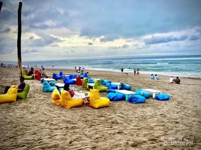 Sore Syahdu di Pantai Canggu